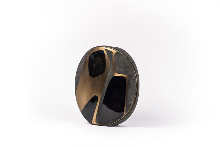 Contemporary Shagreen Vase with Pen Shell and Bronze-Patina Brass Details by R&Y Augousti For Sale
