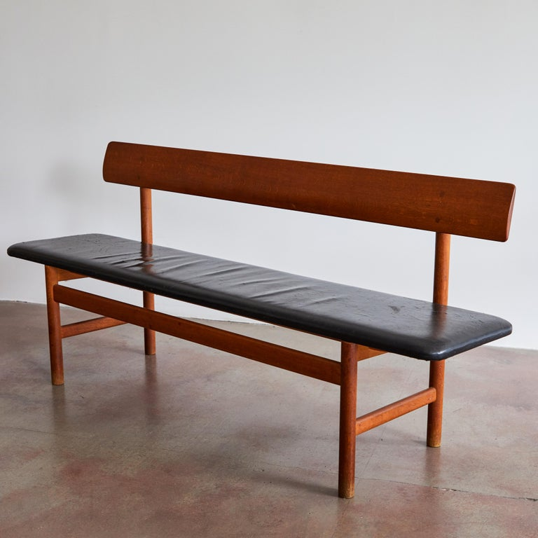 Shaker Bench by Børge Mogensen for Fredericia Stolefabrik In Good Condition For Sale In Los Angeles, CA