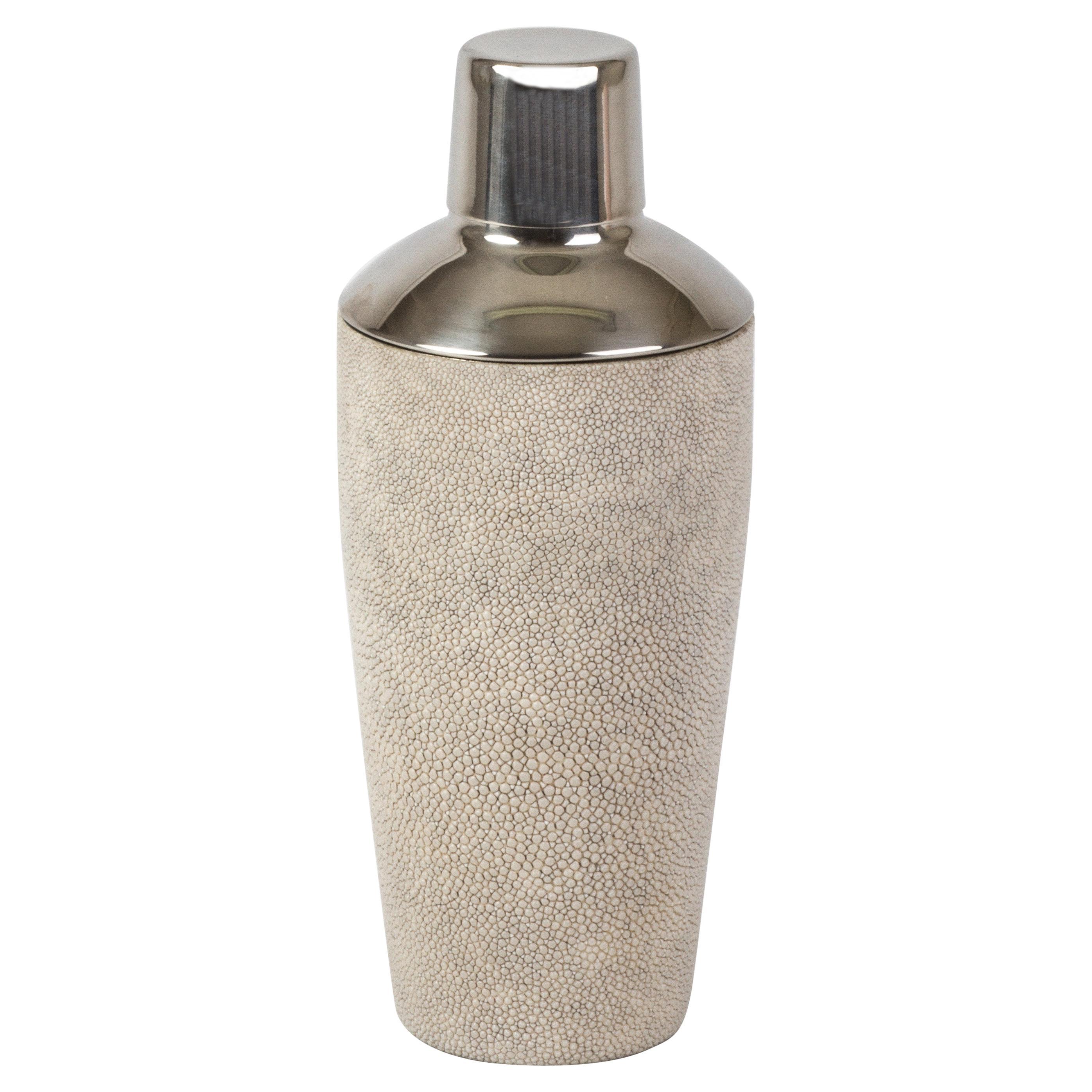 Shaker in Ivory Shagreen by Kifu Paris