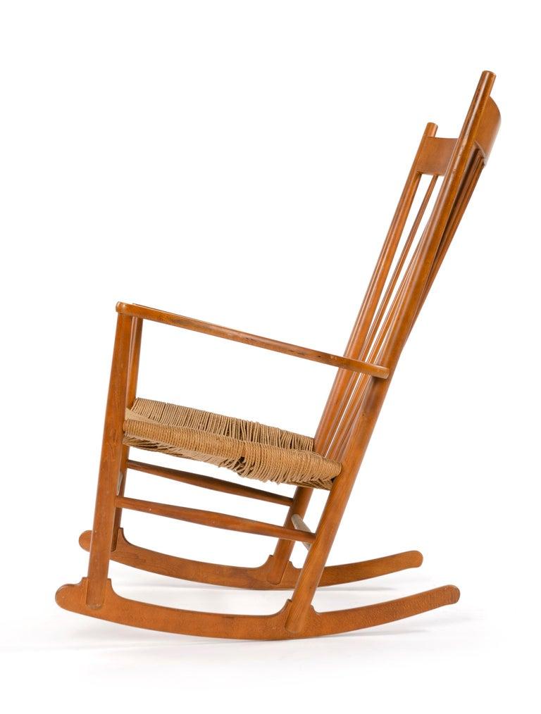 Scandinavian Modern 1970s Danish Shaker Rocking Chair by Hans J. Wegner For Sale