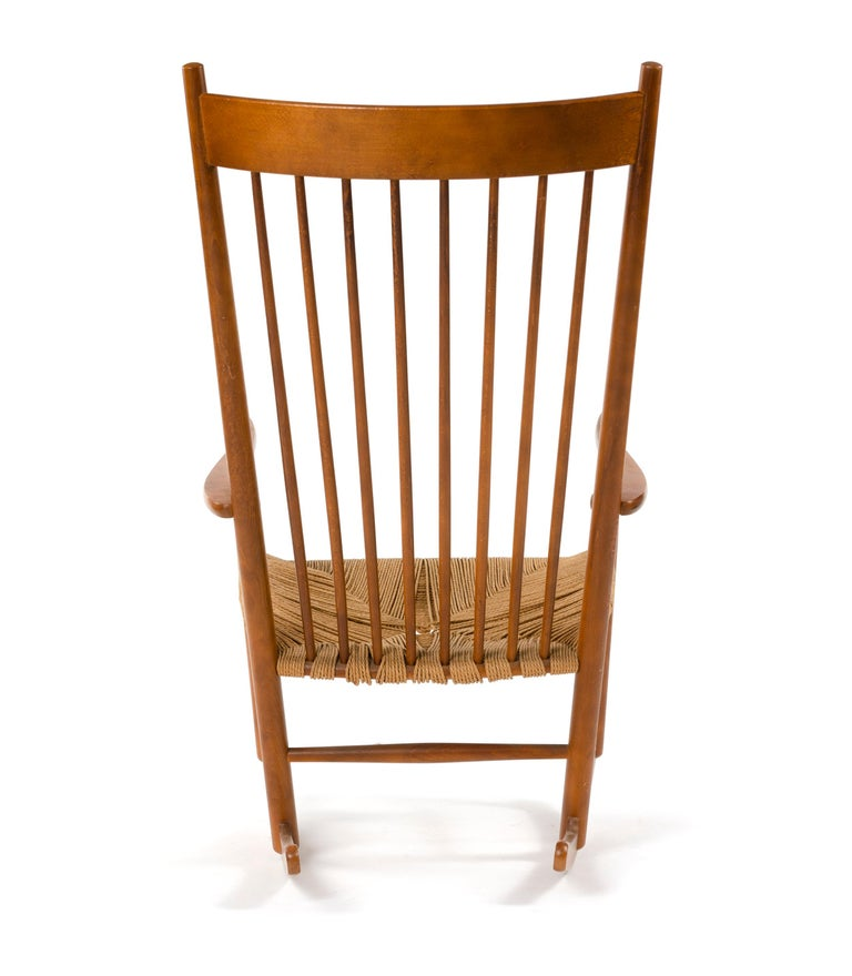 Shaker Rocking Chair by Hans J. Wegner In Good Condition For Sale In Sagaponack, NY