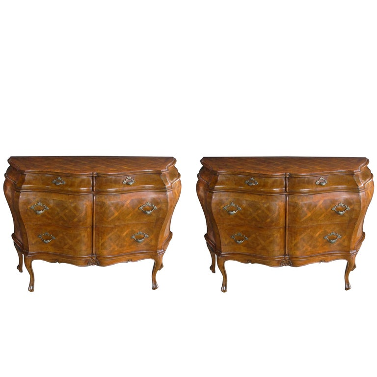 Shapely Pair of Italian Rococo Style Bombe-Form Chests of Drawers For Sale