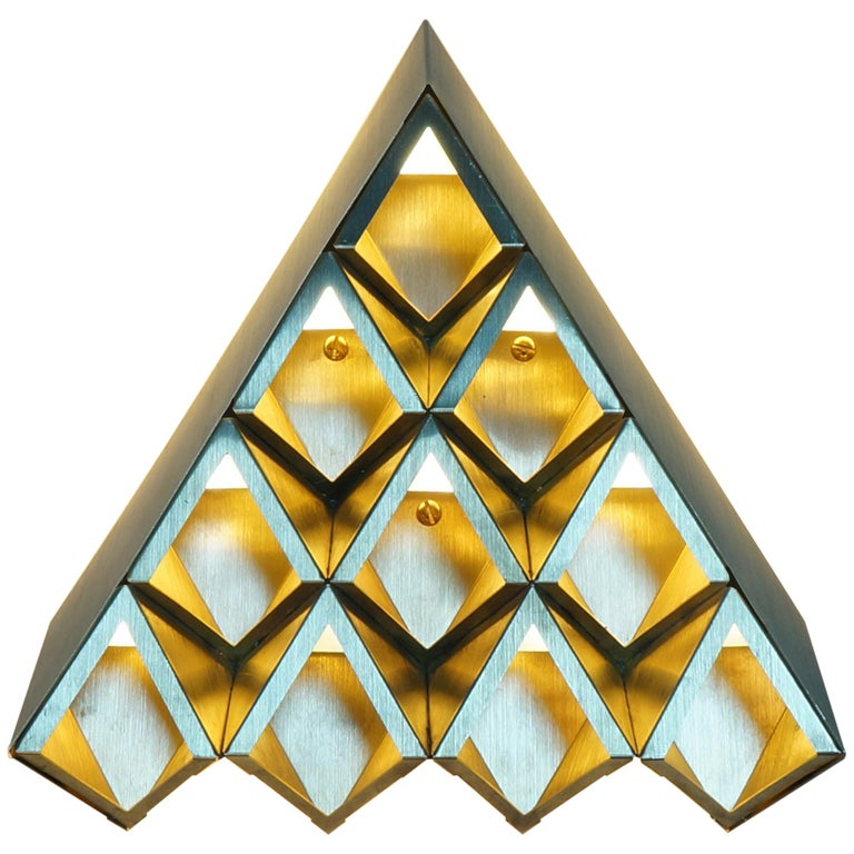 Sharp Diamond Light Brass Sconce in Triangle and Customizable Configurations 1