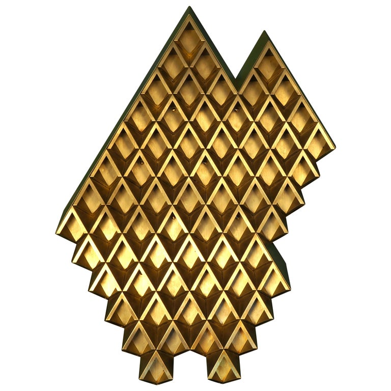 Sharp Diamond Light, Brass Sconce in Twin Peaks and Customizable Configurations For Sale