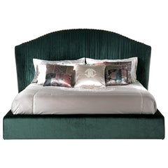 Sharpei Bed in Green Velvet by Roberto Cavalli Home Interiors