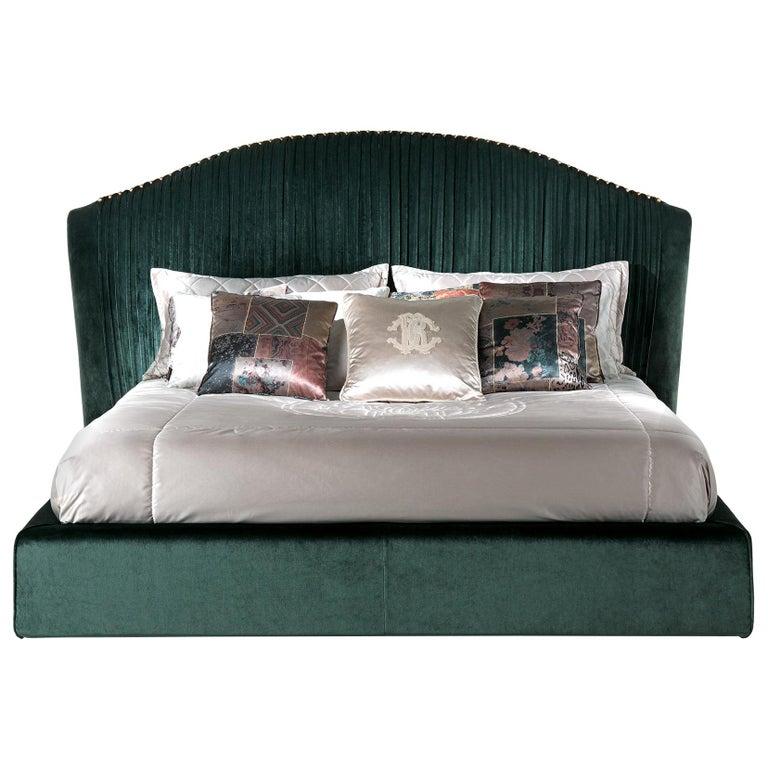 Sharpei Bed in Green Velvet by Roberto Cavalli Home Interiors For Sale