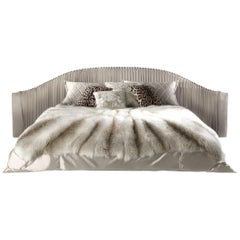 Sharpei Bed in Leather by Roberto Cavalli