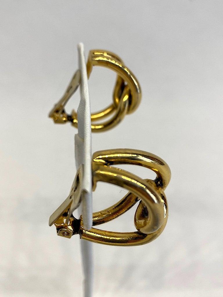 Sharra Pagano 1980s Gold Hoop Earrings For Sale 7