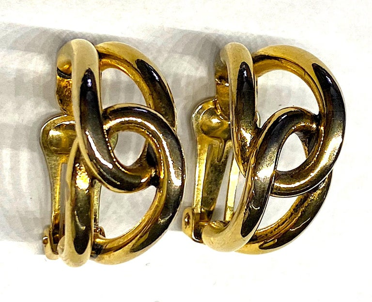 Sharra Pagano 1980s Gold Hoop Earrings For Sale 2