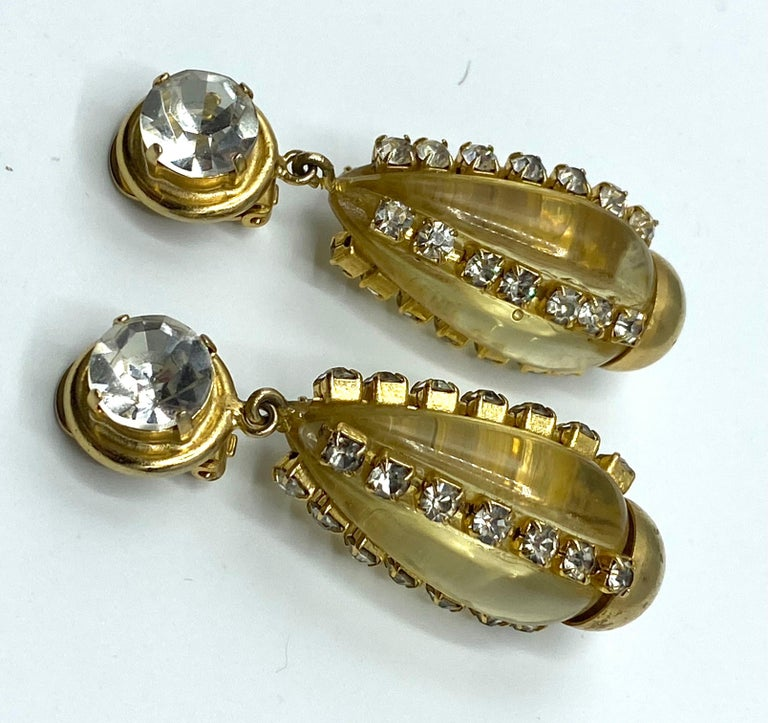 Sharra Pagano, Italy 1980s Gold, Rhinestone & Lucite Pendant Earrings For Sale 10