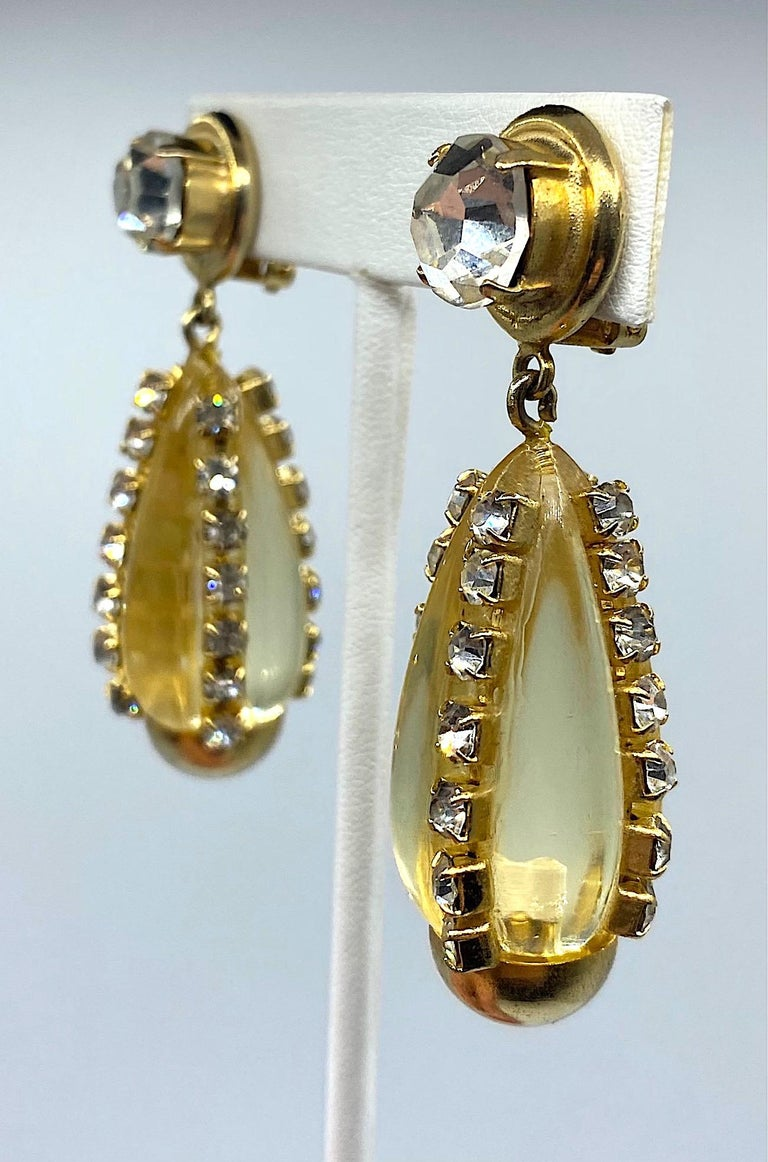 Sharra Pagano, Italy 1980s Gold, Rhinestone & Lucite Pendant Earrings For Sale 1