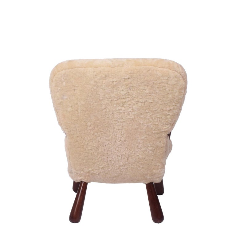 Scandinavian Modern Sheepskin 'Clam' Easy Chair Attributed to Philip Arctander For Sale