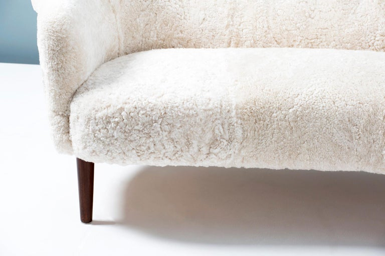 Mid-20th Century Sheepskin Samspel Sofa by Carl Malmsten, 1956 For Sale