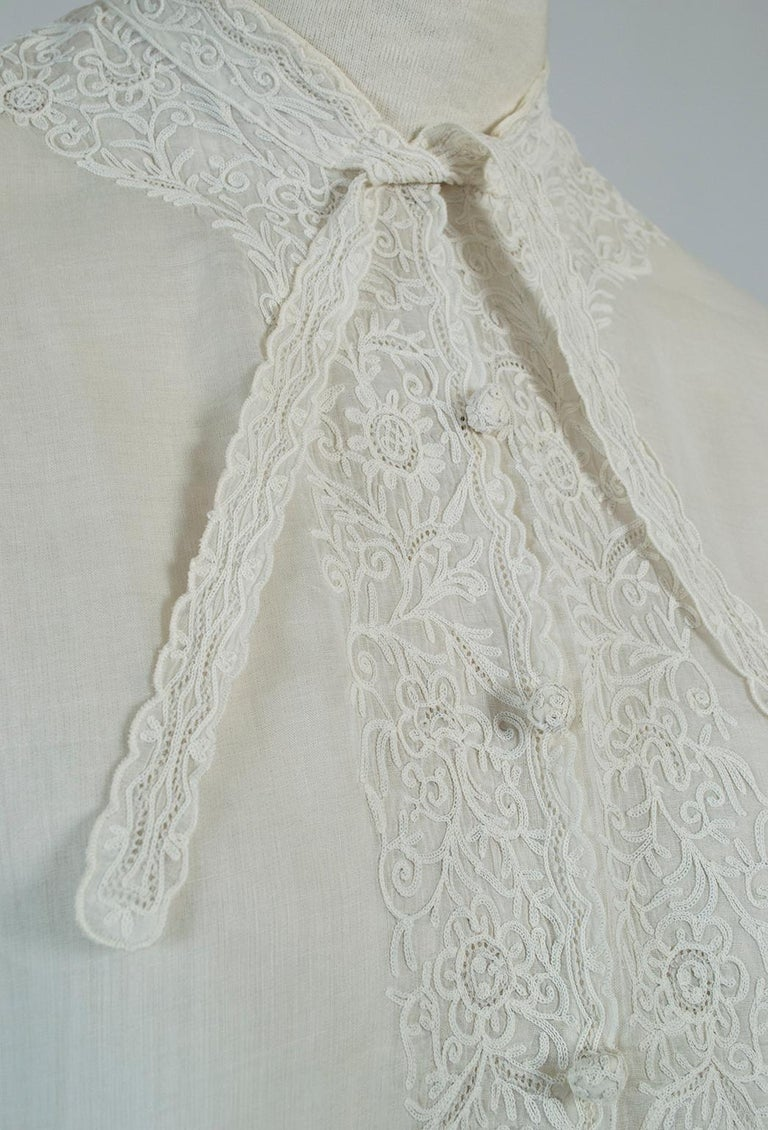 Sheer Edwardian Crewel Work Neckcloth Dickey, 1910s For Sale 1
