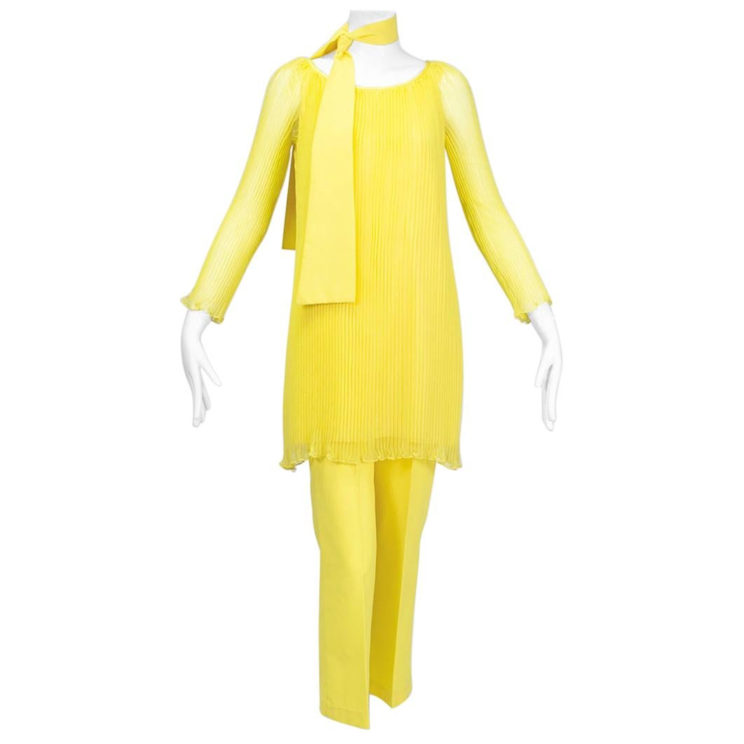 Sheer Yellow Jeweled Plissé Tunic and Cigarette Pant Ensemble – XS, 1960s