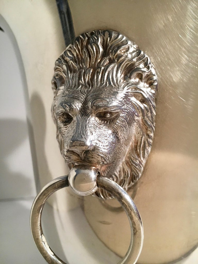 Sheffield Silver Plate Champagne Bucket with Lion Head Handles For Sale 2