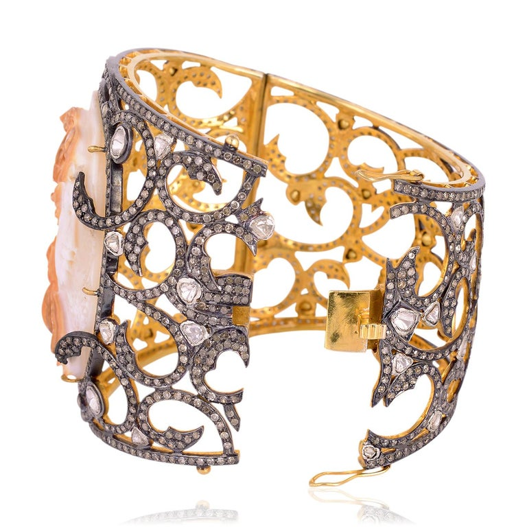 Shell Cameo Bangle Cuff with Diamonds In New Condition For Sale In New York, NY