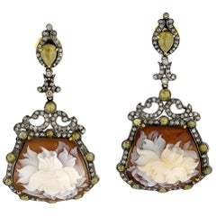 Shell Cameo Earring with Diamonds in silver