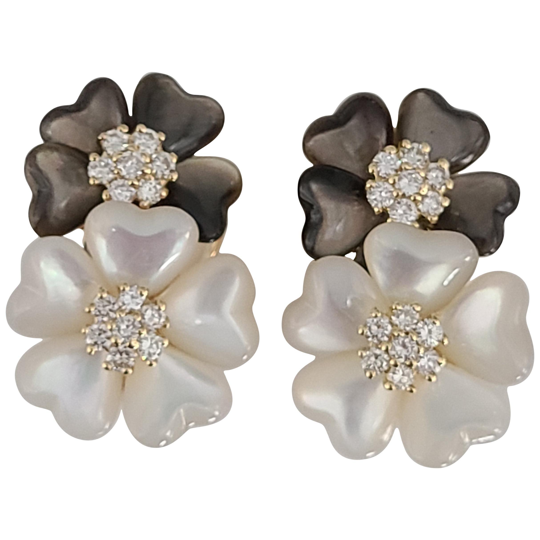 Shell Earrings Set in 18 Karat Gold with Diamonds