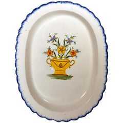 Shell-Edge Prattware Oval Dish Painted with an Urn of Flowers, 1800-1820