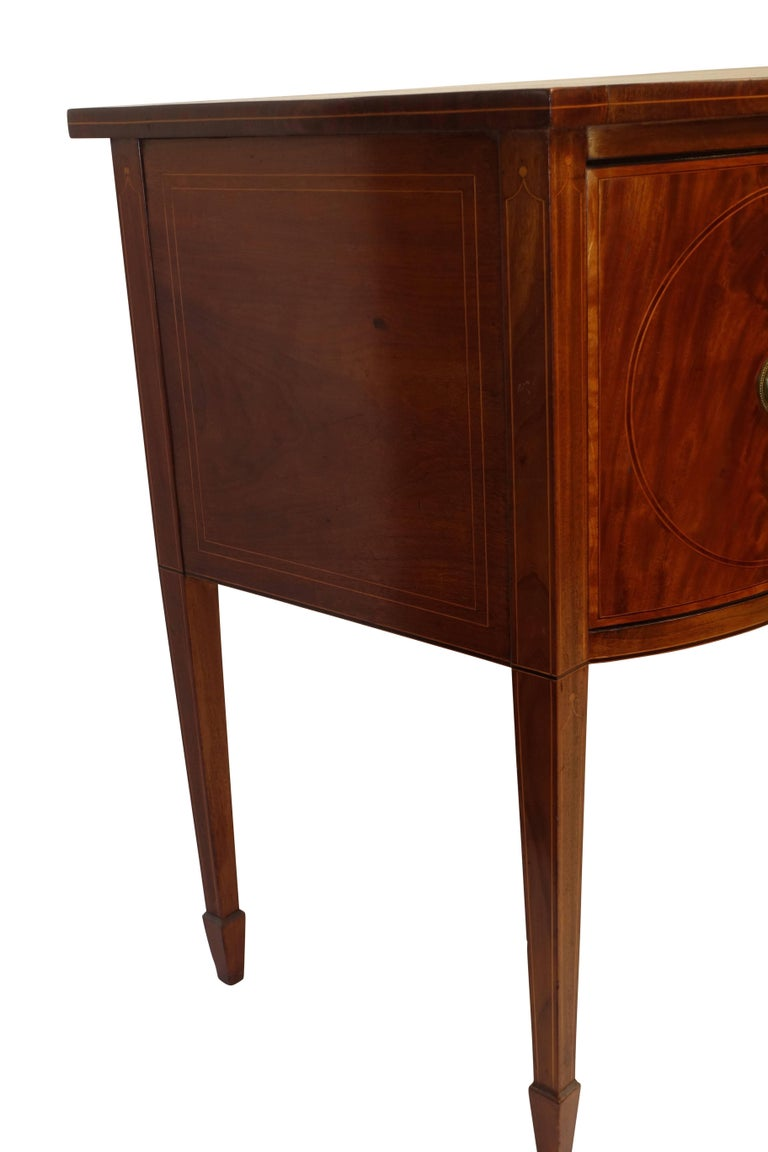 Sheraton Mahogany Sideboard with Satinwood Inlay, English Early 19th Century For Sale 5