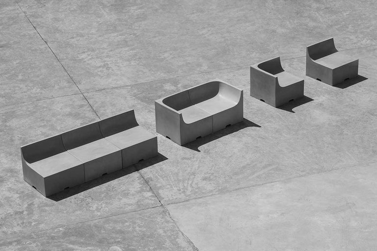 'SHI' Modular Bench / Sofa made of Concrete For Sale 2