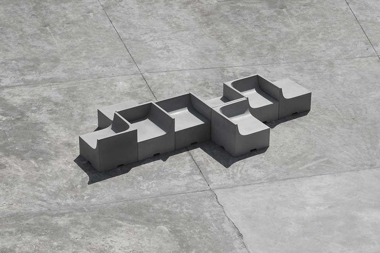'SHI' Modular Bench / Sofa Made of Concrete For Sale 3