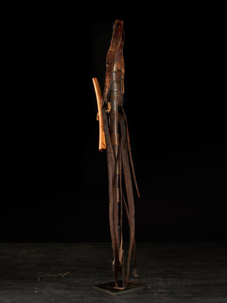Hand-Crafted Shi People, DRC, Ceremonial Sword For Sale