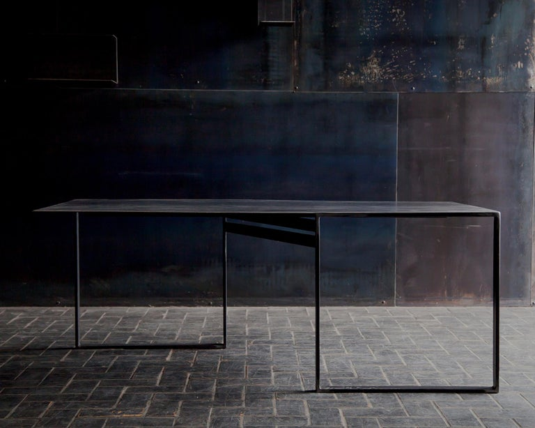 Dining table shift in handcrafted