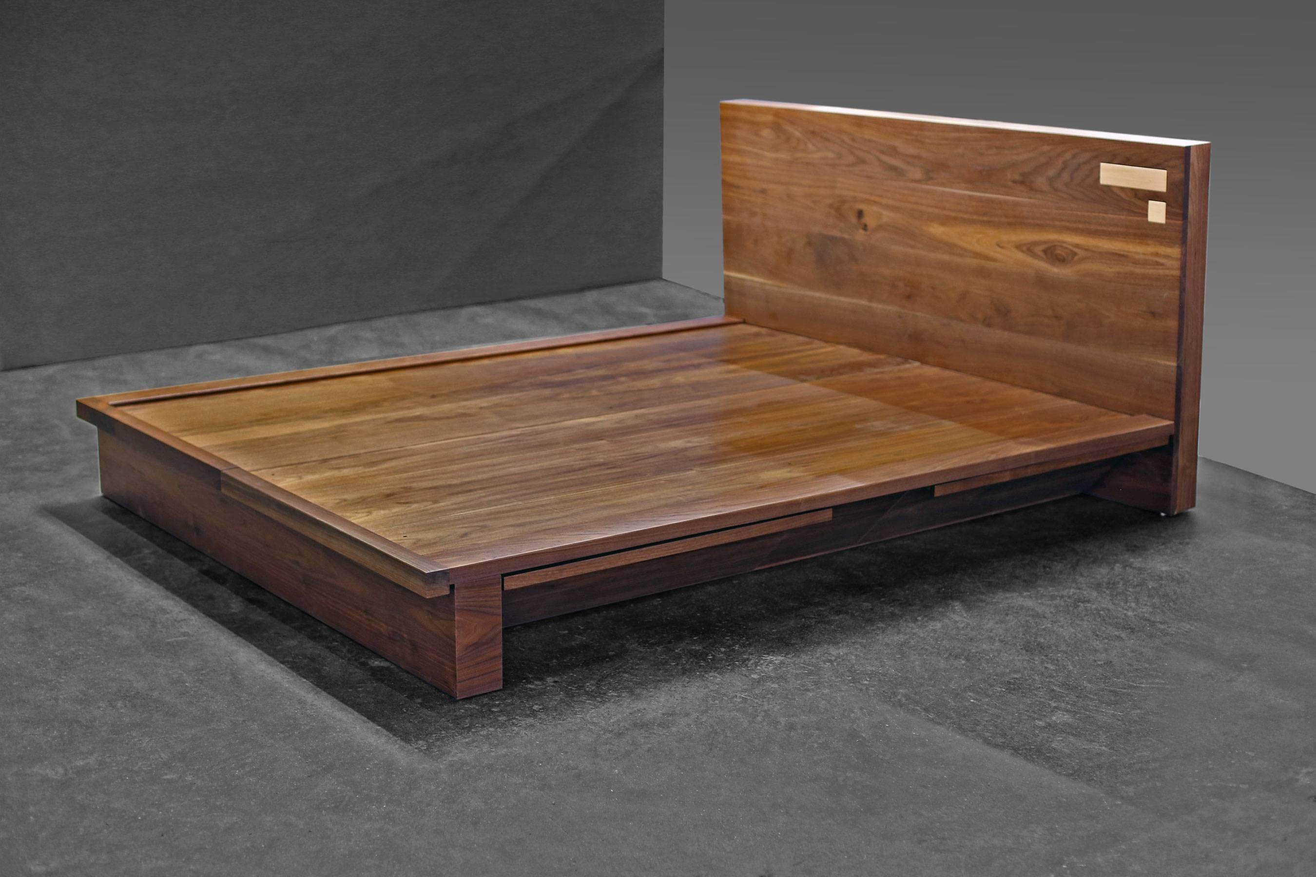 Shimna Liffey Platform Bed With Hidden Storage Drawers, King Size In New  Condition For