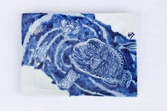 Hand painted blue & white Japanese porcelain decorative plate, Napoleon Fish