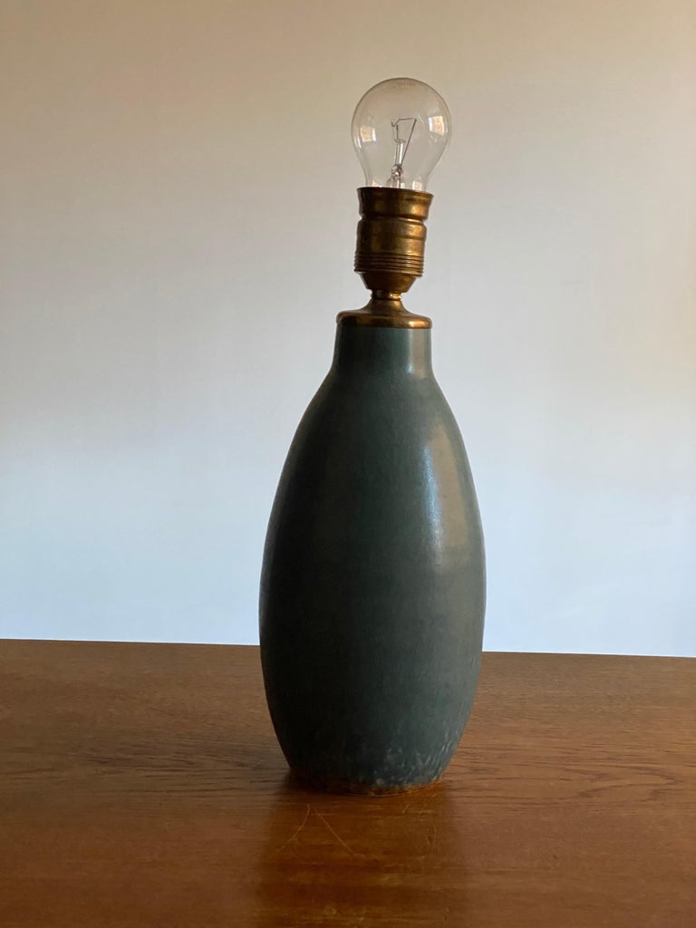 Søholm Keramik, Table Lamp, Glazed Blue Stoneware Brass Bornholm, Denmark, 1960s In Good Condition For Sale In West Palm Beach, FL