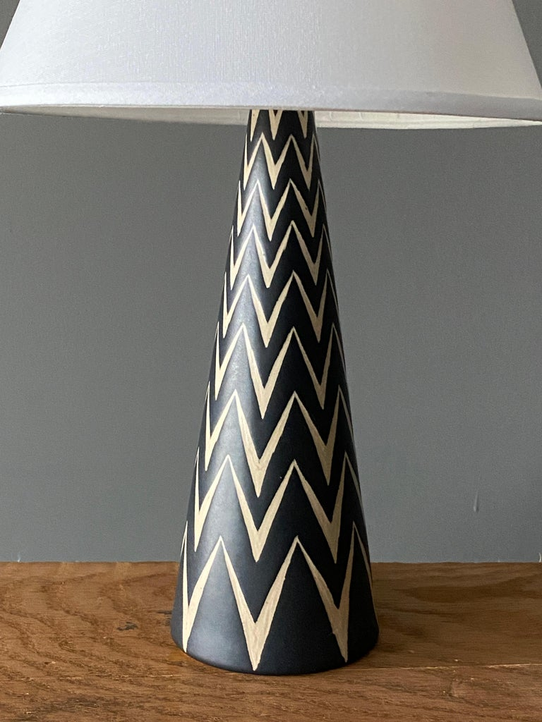 Mid-Century Modern Michael Andersen, Table Lamp, Hand Painted Stoneware, Bornholm, Denmark, 1960s For Sale