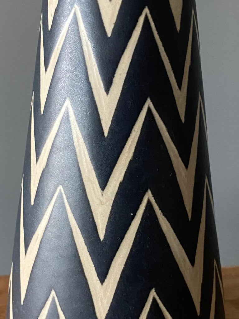 American Michael Andersen, Table Lamp, Hand Painted Stoneware, Bornholm, Denmark, 1960s For Sale