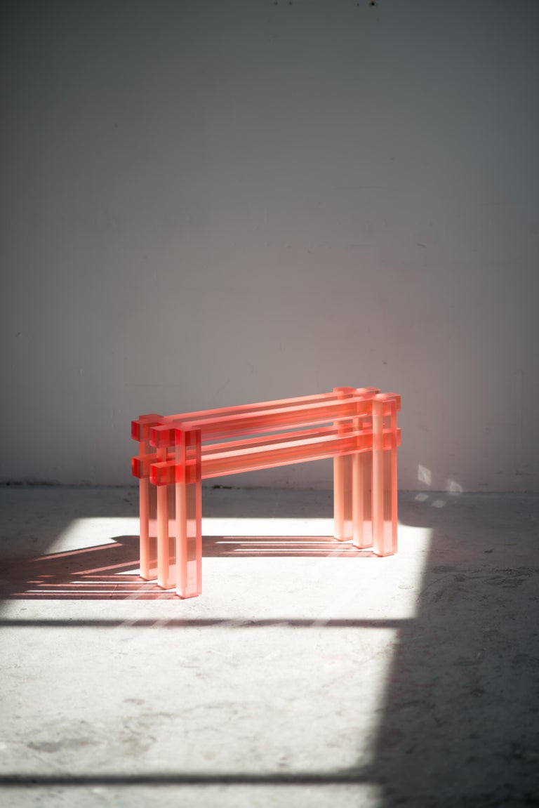 Short bench by Laurids Gallée Dimensions : W 80 x D 25 x H 45 cm Materials: Resin Weight: 34 kg  Born in Austria in 1988, Laurids Gallée is based in Rotterdam. After studying Anthropology in Vienna, he moves to the Netherlands, where he graduates