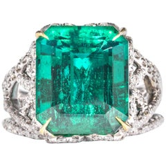 Shreve, Crump & Low 10.18 Carat Zambian Green Emerald and Diamond Ring 'Gubelin'