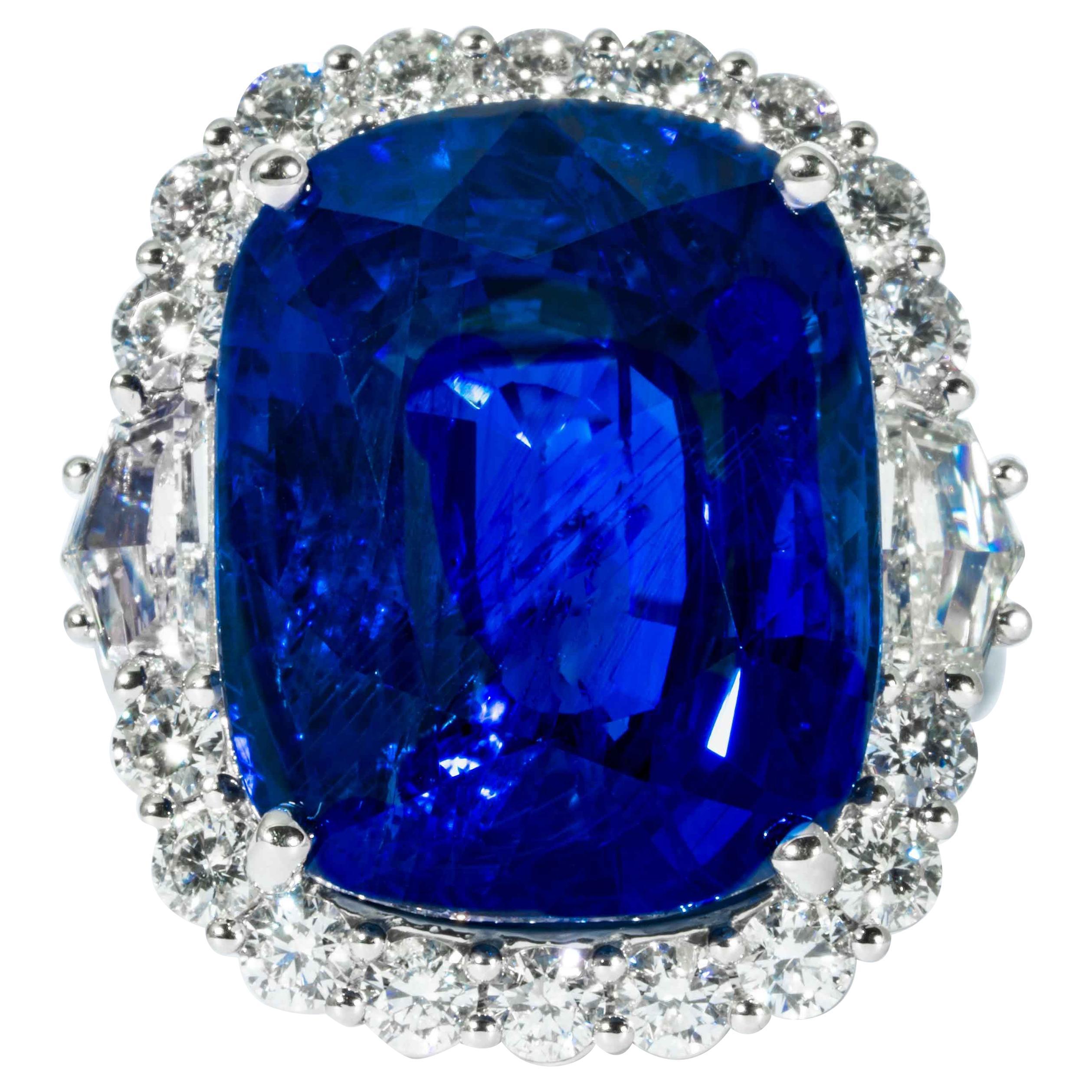 Shreve, Crump & Low 25.43 Carat Blue Sapphire Sapphire and Diamond Platinum Ring