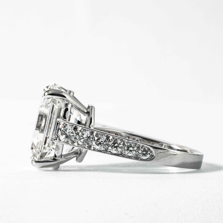 Shreve, Crump & Low GIA Certified 10.19 Carat H VS1 Emerald Cut Diamond Ring In New Condition For Sale In Boston, MA