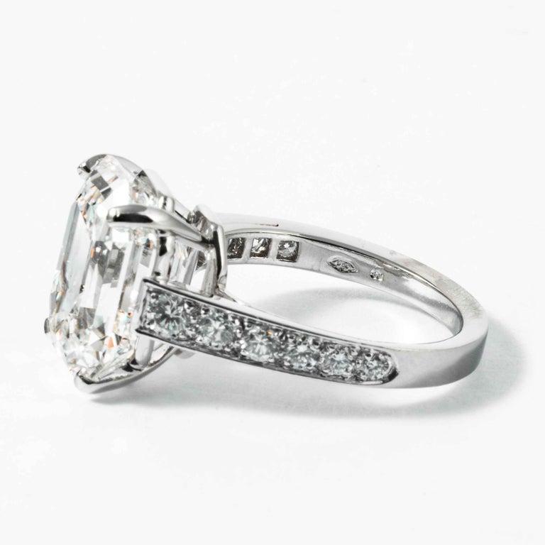 Shreve, Crump & Low GIA Certified 10.19 Carat H VS1 Emerald Cut Diamond Ring For Sale 1