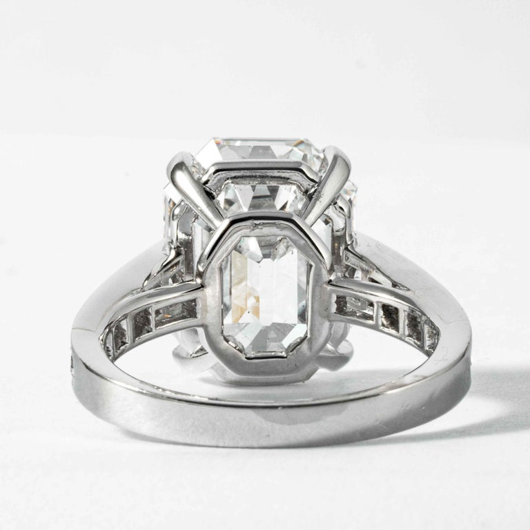 Shreve, Crump & Low GIA Certified 10.19 Carat H VS1 Emerald Cut Diamond Ring For Sale 2
