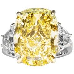 Shreve, Crump & Low GIA Certified 10.52 Carat Fancy Yellow Cushion Diamond Ring