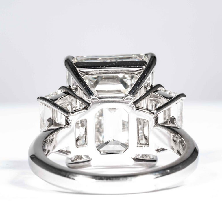 Shreve, Crump & Low GIA Certified 10.75 Carat K VS2 Emerald Cut Diamond Ring For Sale 3