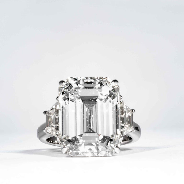 Shreve, Crump & Low GIA Certified 13.26 Carat K VS2 Emerald Cut Diamond Ring In New Condition For Sale In Boston, MA