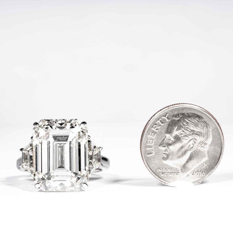 Shreve, Crump & Low GIA Certified 13.26 Carat K VS2 Emerald Cut Diamond Ring For Sale 3