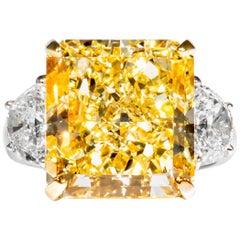 Shreve, Crump & Low GIA Certified 14.63 Carat Fancy Yellow Radiant Diamond Ring