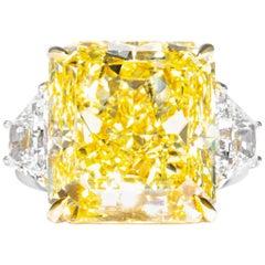 Shreve, Crump & Low GIA Certified 20.24 Carat Fancy Intense Yellow Diamond Ring