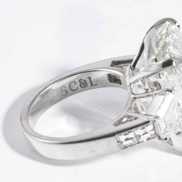 Shreve, Crump & Low GIA Certified 22.02 Carat J VS2 Emerald Cut Diamond Ring For Sale 6