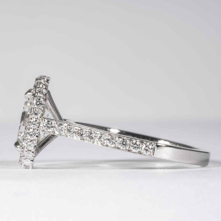 Women's or Men's Shreve, Crump & Low GIA Certified 2.74 Carat E SI1 Emerald Cut Diamond Ring For Sale