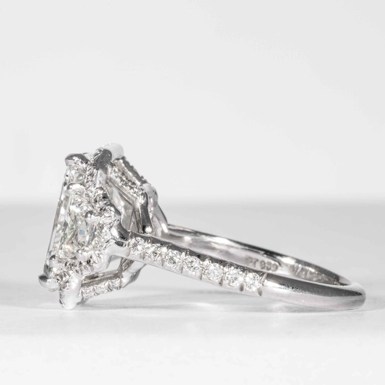 Shreve, Crump & Low GIA Certified 4.01 Carat G VVS2 Emerald Cut Diamond Ring In New Condition For Sale In Boston, MA