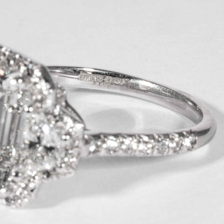Women's or Men's Shreve, Crump & Low GIA Certified 4.01 Carat G VVS2 Emerald Cut Diamond Ring For Sale